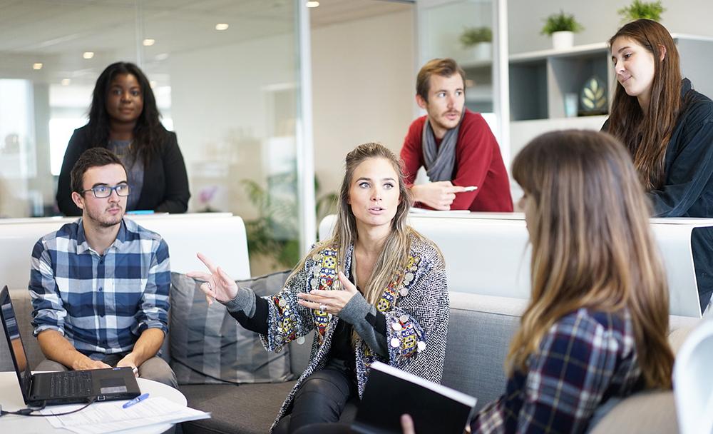 Knowledge Management across Agile Project Teams
